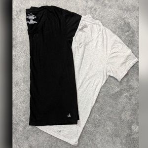 Calvin Klein classic fit v neck t shirts (2)